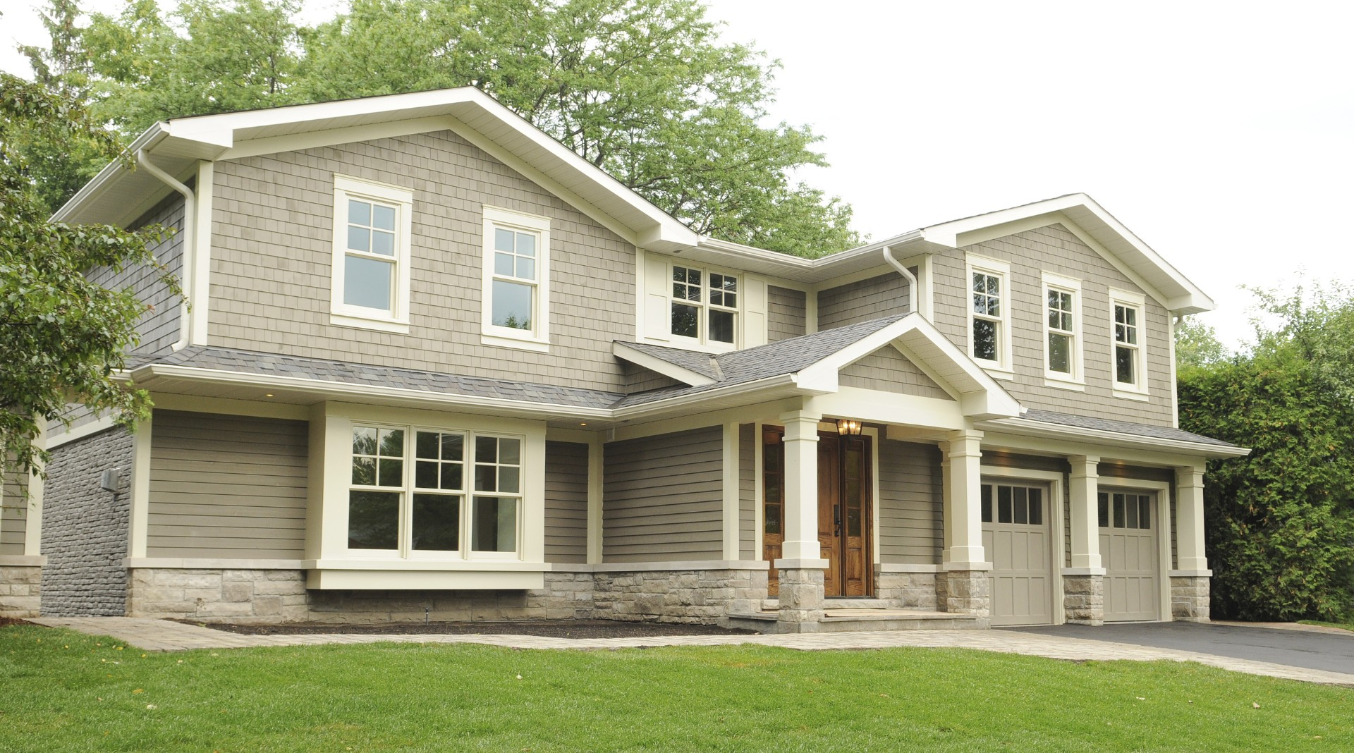 Second story addition in Oakville, Ontario