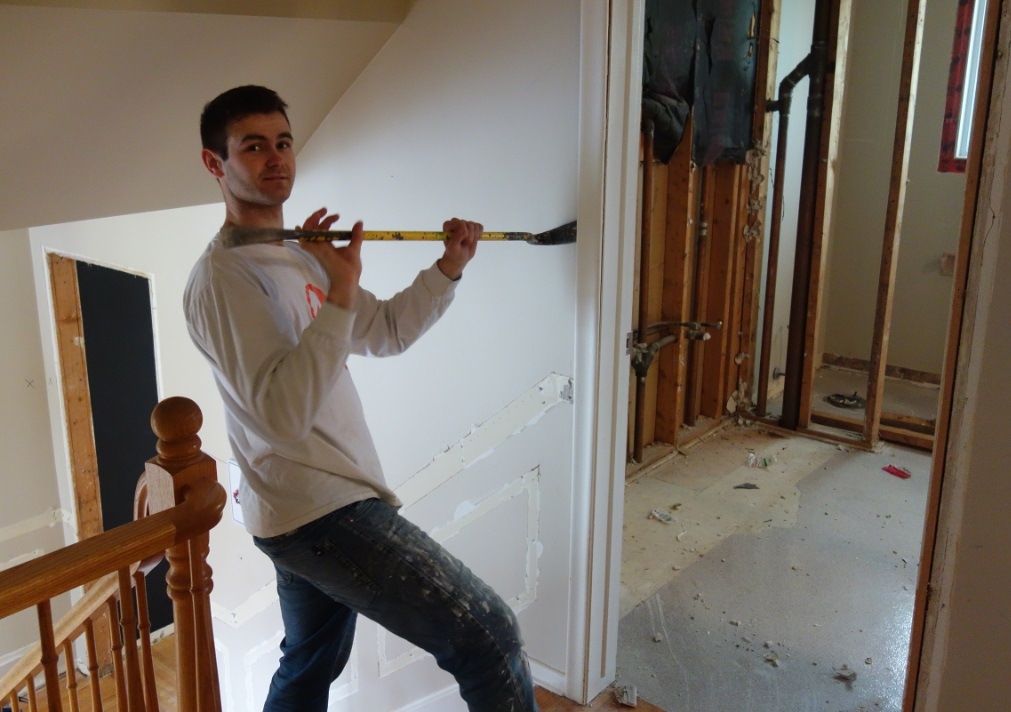 residential contractor doing demotlition in residential home